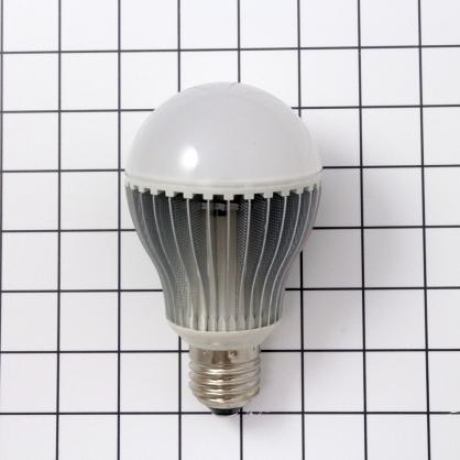 7W 黃光LED球燈泡 - BL071