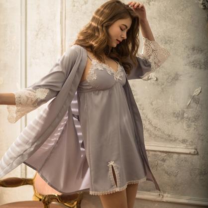 家居服 Hush 優雅宣言 輕膚柔軟緞面綁帶外袍罩衫-紫