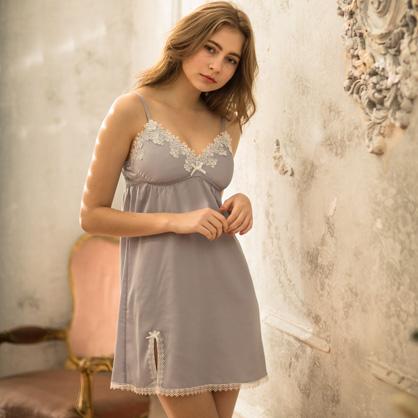 無鋼圈睡衣 Hush【獨家2in1】淑女伊芙 睫毛蕾絲輕膚柔軟緞面洋裝-紫