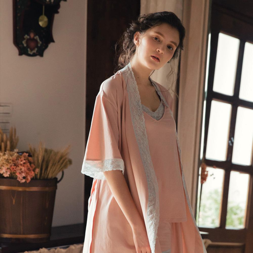 Hush 少女秘語 拼色蕾絲棉柔綁帶外袍罩衫-粉