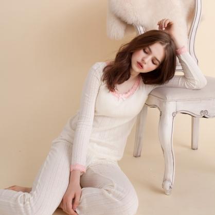 2in1罩杯款 棉柔緹花甜美睡衣兩件式-白