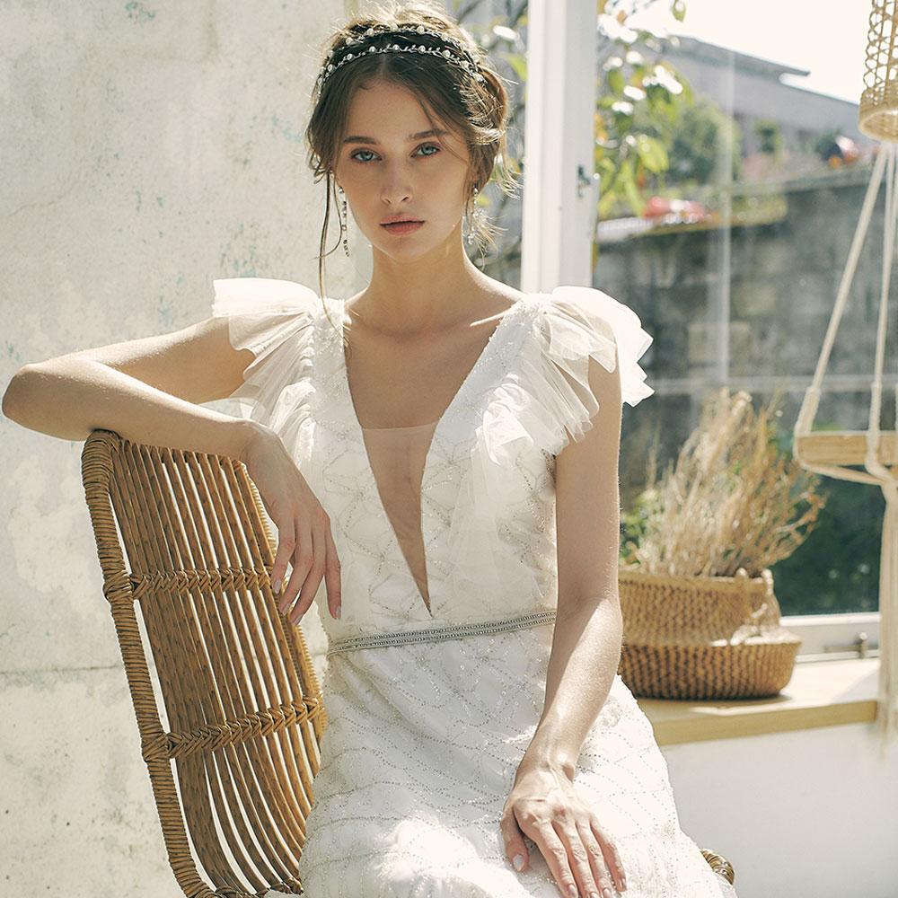 Evelyn永恆鑽刻珠繡露背婚紗