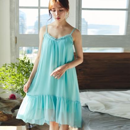 Chorlotte夏洛克雪紡傘型居家外出洋裝內建無鋼圈罩杯-晶藍