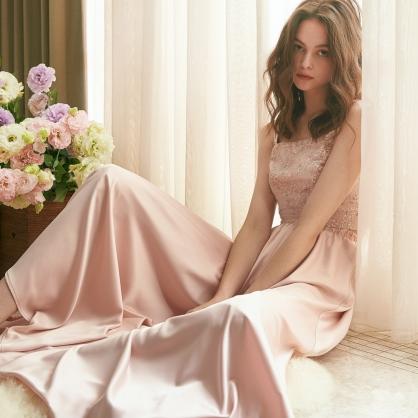 Grace葛瑞絲 粉珠繡上衣 +粉緞面褲裙 (二件式)禮服,輕婚紗