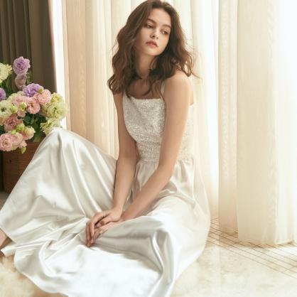 Grace葛瑞絲 白珠繡上衣 +白緞面褲裙 (二件式)禮服,輕婚紗