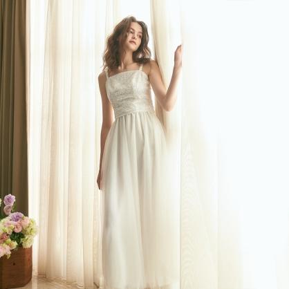 Grace葛瑞絲 白珠繡上衣 +白長紗裙 (二件式)禮服,輕婚紗