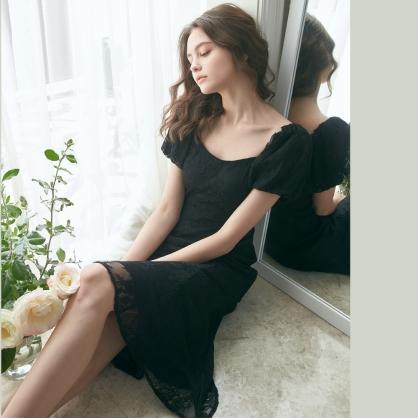 Hazel海柔爾 法式蕾絲泡袖洋裝