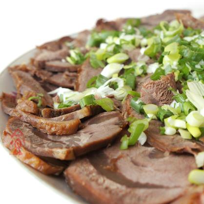 香滷牛腱(附醬包、300g/包)