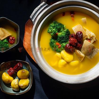 【年菜】黃金板栗素雞湯(全素)