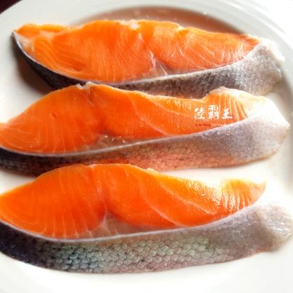 團購☆薄鹽鮭魚片☆鹽引鮭日本進口 薄鹽鮭魚片 鱒鮭 5片/包【陸霸王】