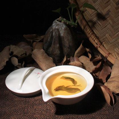 梨山中焙烏龍茶