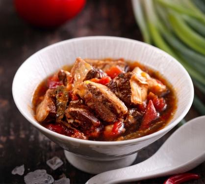 私廚料理-紅燒鮮茄汁牛腩