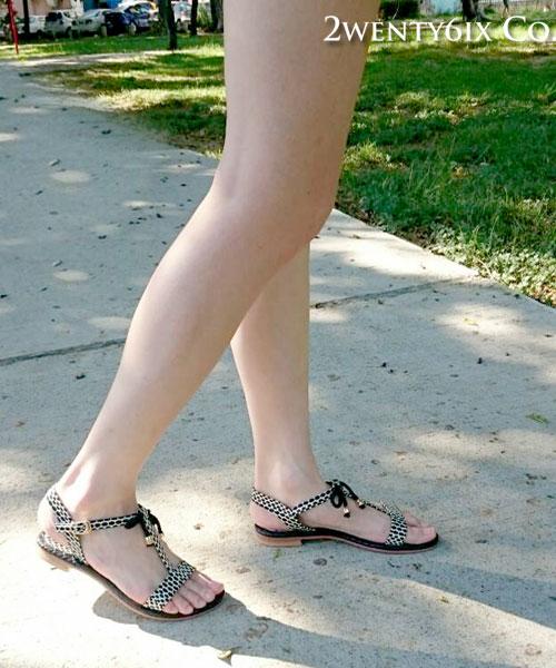 ★正韓★首爾熱銷 點點甜漾 金屬珠珠綴飾綁帶涼鞋 (現貨#225~240)