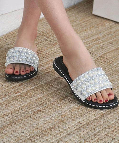 ★正韓★SSUN優雅立體水鑽珍珠排鑽平底拖鞋 (兩色)