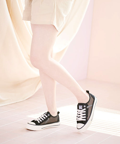 ★韓系TOEB★個性休閒舒適透氣網布繫帶平底帆布鞋 (兩色)