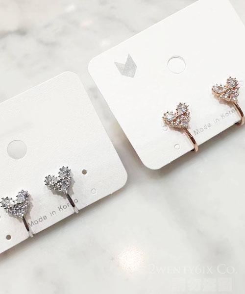 ★正韓設計師款《獨家耳夾式》★Heart Key 時尚閃耀拼心水鑽耳環 (2色)