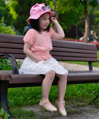 ★正韓★時尚璀璨金蔥側飄逸蝴蝶蕾絲小伴娘鞋/低跟淑女鞋 (現貨 #130-#150)