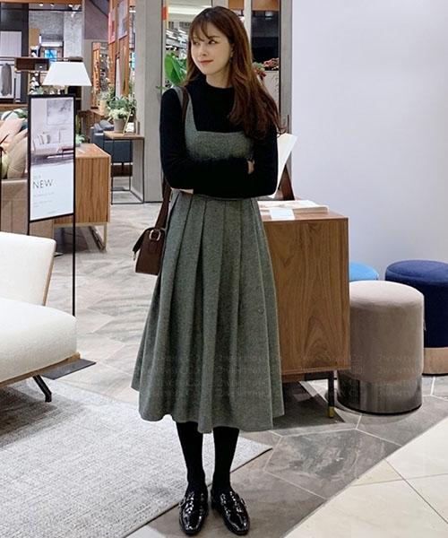 ★ 韓系 Daisy Noble ★ 日常休閒 甜美顯瘦 長袖上衣+皺褶吊帶連衣裙 (兩件套)