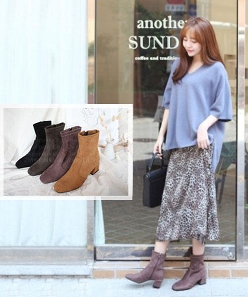 ★ 韓系 Baldwin Suede ★ 時尚質感麂皮絨 粗跟尖頭中低筒短靴 (兩色)