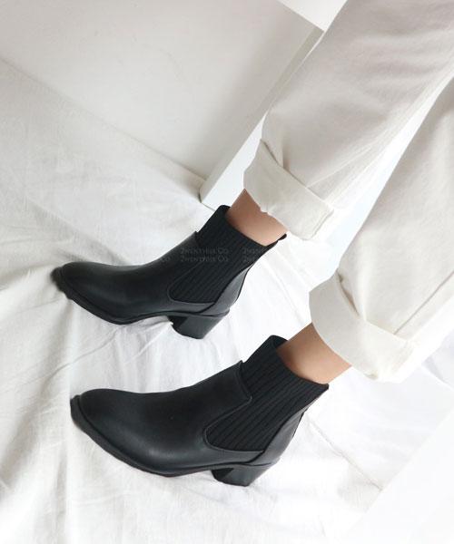 ★ 韓系 Benjamin CTN ★ 簡約帥氣 彈性棉布 拼接質感素面皮革 粗跟短靴