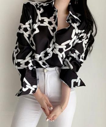 ★正韓 IRON CHAIN ★ 個性造型鐵鍊印刷  貝殼光翻領襯衫