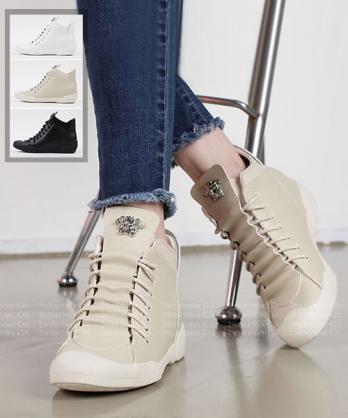 ★ 正韓 Trudie 休閒皮革 造型鞋帶 金屬飾扣 4.5cm內增高 高筒休閒鞋 (三色)