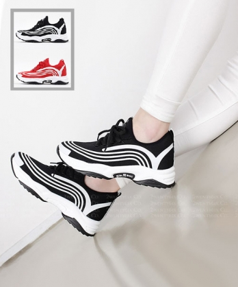 ★ 韓系 SueKnit ★ 休閒舒適針織 運動線條 5.5cm 厚底繫帶休閒鞋 (兩色)