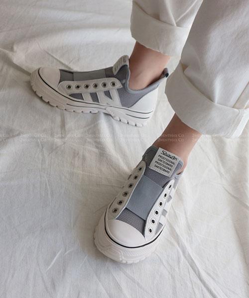 ★韓系★Lavender 時尚一字帶蝴蝶結繞踝套扣帶厚底涼鞋 (白#240現貨)