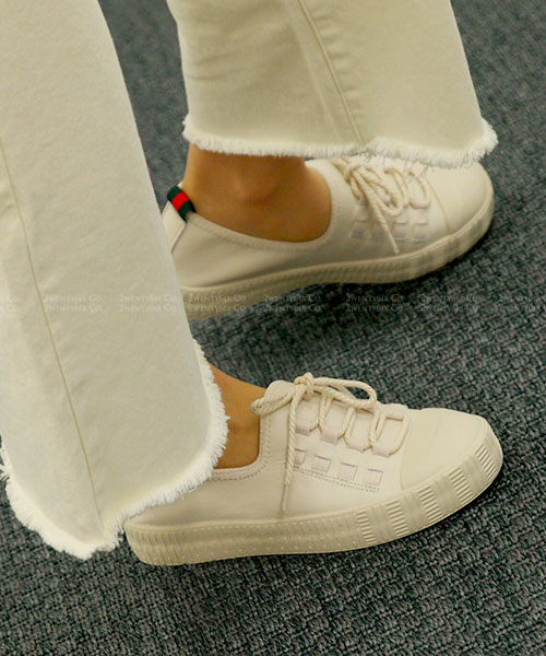 ★韓系MONT BAY ★質感真皮 造型穿繞螺旋繫帶休閒鞋 (兩色)
