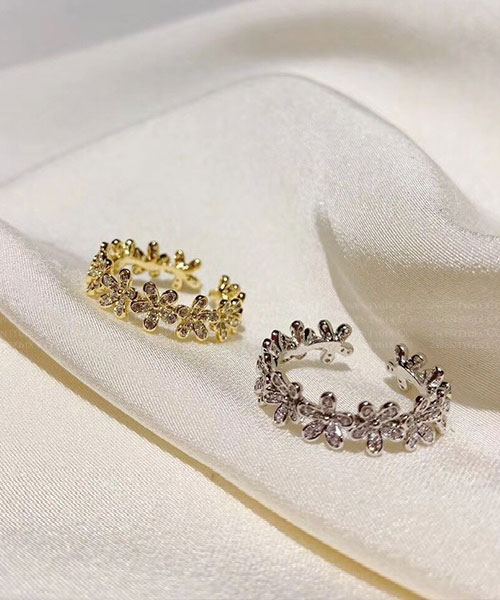 ★正韓 Floral Zoral ★ 時尚閃耀花朵水鑽 開口戒圍戒指 (兩色)