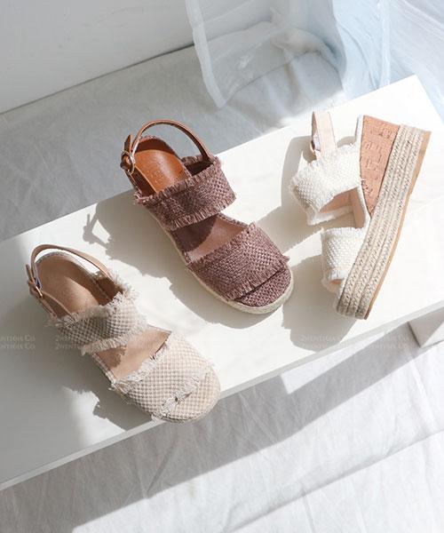 ★ 韓系 NANA CV ★ 質感刷鬚帆布 雙帶麻繩楔型底 扣帶涼鞋(三色)