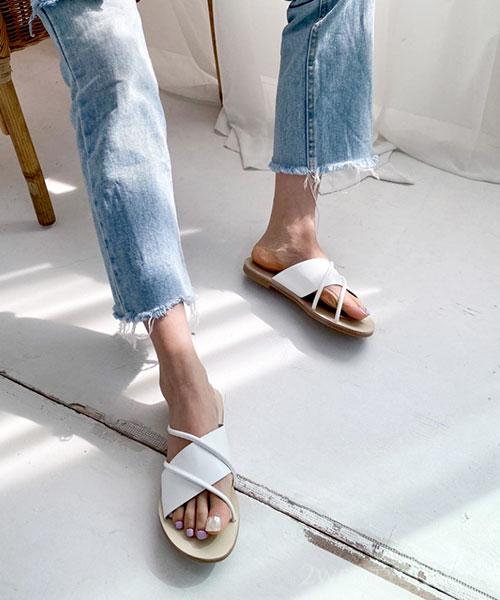 ★ 韓系 BLEBLE ★ 率性質感交錯條帶皮革 顯瘦涼拖鞋 (四色)