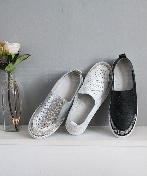 ★ 韓系 ZATINE Leather ★ 個性真皮水鑽 星星點點沖孔 休閒懶人鞋 (三色)