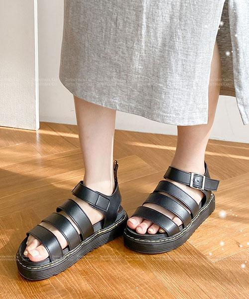 ★ 韓系 ROMA ROMA 個性粗曠 羅馬馬汀設計 3cm厚底涼鞋