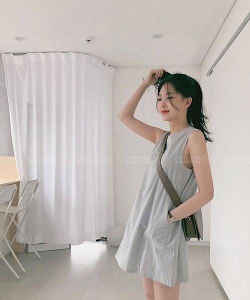 ★ 韓系 Sonia SK ★ 簡約率性 無袖格紋 口袋連身裙 (兩色)