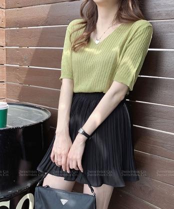 ★ 正韓 JOUJOU ★ 優雅百搭 純色 涼感舒適 針織短袖V領上衣 (8色)