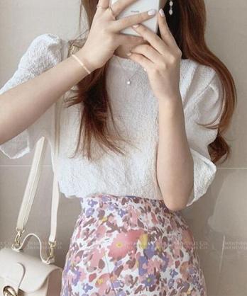 ★ 正韓 Sandra CF ★ 氣質簡約 純色抓皺五分袖雪紡紗上衣(兩色)