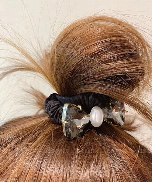 ★  正韓 ★ Crystal Bow時尚閃耀 珍珠立體晶透蝴蝶結水晶髮圈 (三色)