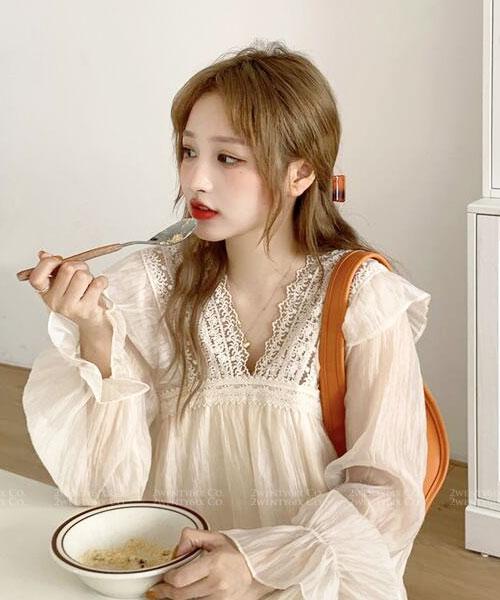 ★ 韓版 LARA-SK Chiffon ★浪漫柔美 蕾絲V領 蛋糕層次 雪紡連衣裙