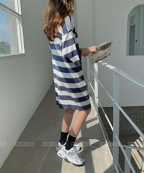★ 韓版 Lawrence ST ★ 率性搶眼 橫條紋造型五分袖連衣裙(兩色)