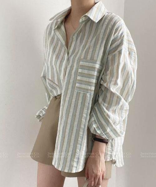 ★ 韓版 Jennifer LD ★ 休閒時尚 寬鬆舒適翻領排扣 條紋襯衫(兩色)