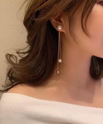 ★ 正韓 Hilda Pearl 時尚閃耀 晶透大珍珠 拼接吊墜小珍珠金屬珠 耳針耳環