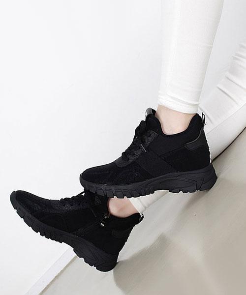 ★ 韓系 BROOK-V ★ 時尚撞色皺褶皮革 內拉鍊 3.5cm厚底休閒運動鞋 (兩色)