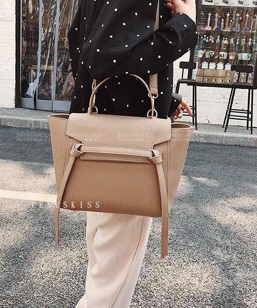 ★ 嚴選 VENUSKISS 品牌★ 時尚質感 大容量 手提斜揹鯰魚包 (五色)