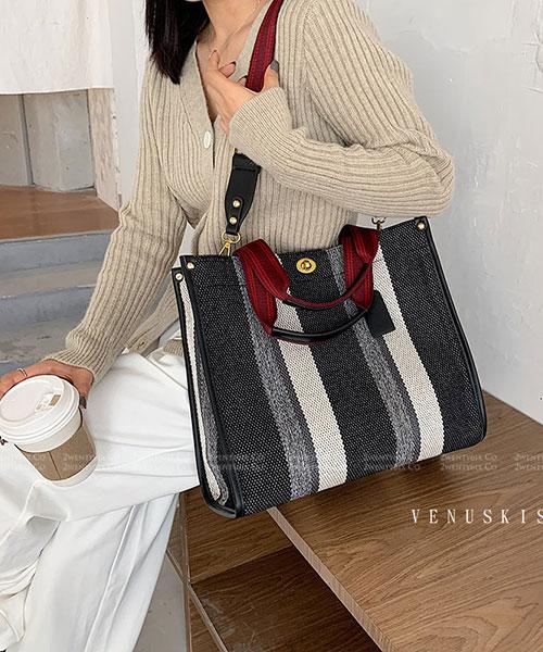 ★ 嚴選 VENUSKISS 品牌★ 個性撞色條紋粗帆布 磁釦 手提斜揹包(大/小)(三色)