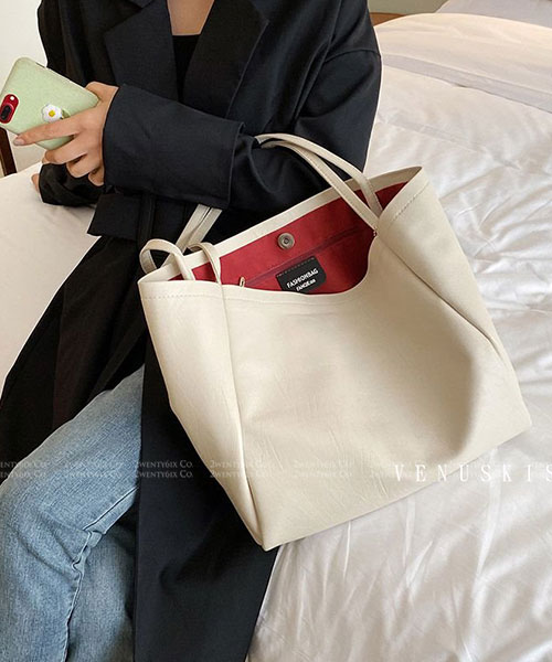 ★ 嚴選 VENUSKISS 品牌★ 時尚紋路純色皮革 大容量 單肩托特包 (兩色)
