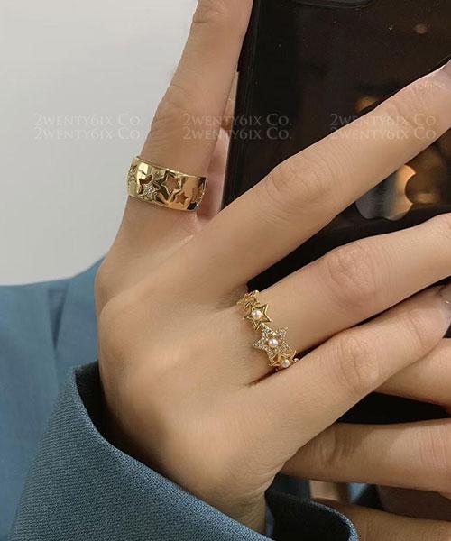 ★ 正韓 Barbara Stars ★ 可愛閃耀水鑽&鏤空五角星戒指 (開口戒圍)(兩款)
