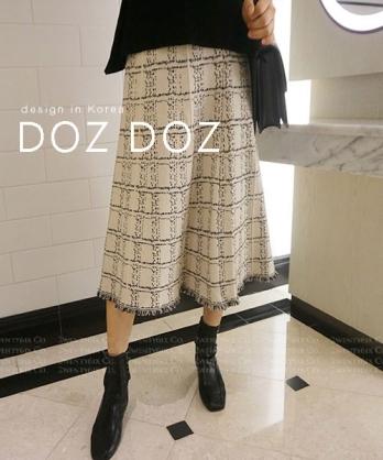 ★ 韓系 DOZ DOZ ★ 時尚秋冬厚感 經典質感格紋流蘇針織長裙 (兩色)