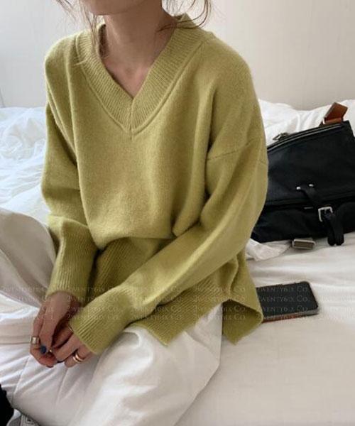 ★韓版 DOANA ★ 休閒舒適 修身側開叉 V領針織上衣(四色)