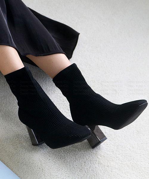 ★ 韓系 LE PAPIER MID 時尚冬季 金屬高跟 針織襪套短靴 (兩色)